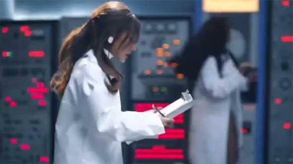 Ariana Grande - 34-35